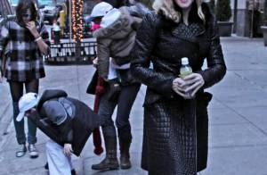 Madonna : Rocco en chaussette dans les rues de New York !