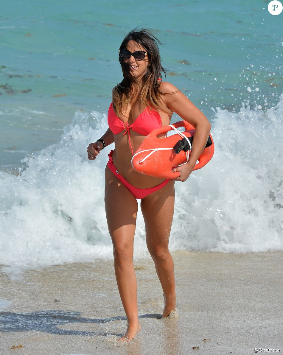 Claudia Romani sur la plage de Miami, le 22 avril 2017.