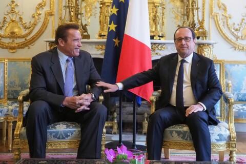 Arnold Schwarzenegger : Loin de Trump, il est complice avec François Hollande