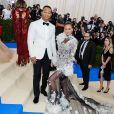 """Chrissy Teigen et son mari John Legend - Les célébrités arrivent au MET 2017 Costume Institute Gala sur le thème de """"Rei Kawakubo/Comme des Garçons: Art Of The In-Between"""" à New York, le 1er mai 2017 © Christopher Smith/AdMedia via Zuma/Bestimage"""