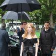 Ellie Bamber - Défilé de mode Chanel, collection croisière 2018 au Grand Palais à Paris. Le 3 mai 2017 © CVS / Bestimage