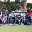 Exclusif - Lionel Messi avec sa femme Antonella Roccuzzo et leur fils Mateo, Luis Suarez avec sa femme Sofia Balbi et leur fille Delfina à l'école de football de Barcelone en Espagne le 8 mai 2017.