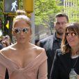 Jennifer Lopez arrive au Radio City Hall, au Rockefeller Center. New York, le 15 mai 2017.