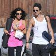 Exclusif - Colin Farrell et sa soeur Claudine a la sortie de leur cours de yoga a Los Angeles, le 28 juillet 2013