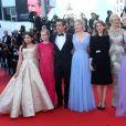 """Addison Riecke, Angourie Rice, Colin Farrell, Kirsten Dunst, Sofia Coppola, Nicole Kidman et Elle Fanning - Montée des marches du film """"Les proies"""" lors du 70ème Festival International du Film de Cannes. Le 24 mai 2017. © Borde-Jacovides-Moreau / Bestimage"""