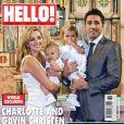 Charlotte Church et son ex-compagnon Gavin Henson en couverture de Hello! Magazine (2009) avec leurs enfants, Dexter et Ruby
