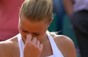 Kristina Mladenovic : En larmes devant son clan et un public en feu à Roland