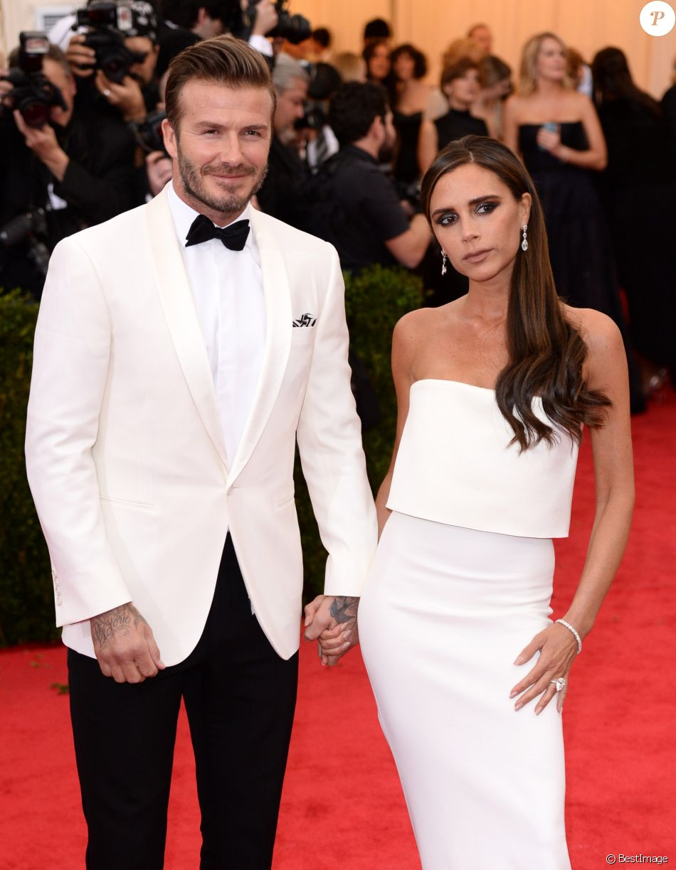 "David Beckham et sa femme Victoria Beckham - Soirée du Met Ball / Costume Institute Gala 2014: ""Charles James: Beyond Fashion"" à New York, le 5 mai 2014."
