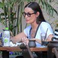 Exclusif - Demi Moore est allée déjeuner avec une amie à The Grove à Hollywood, le 27 avril 2017