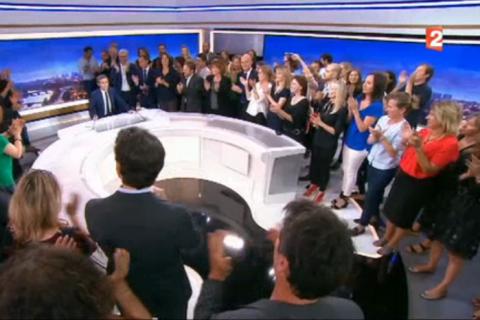 David Pujadas, son dernier JT sur France 2 : Émotion, surprise et ovation !