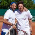 Cyril Hanouna et Jean Imbert lors de la troisième journée du Trophée des Personnalités de Roland-Garros le 8 juin 2017.