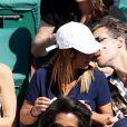 Alice Belaïdi et son compagnon Gianni Giardinelli dans les tribunes des Internationaux de Tennis de Roland Garros à Paris le 8 juin 2017 © Cyril Moreau-Dominique Jacovides/Bestimage