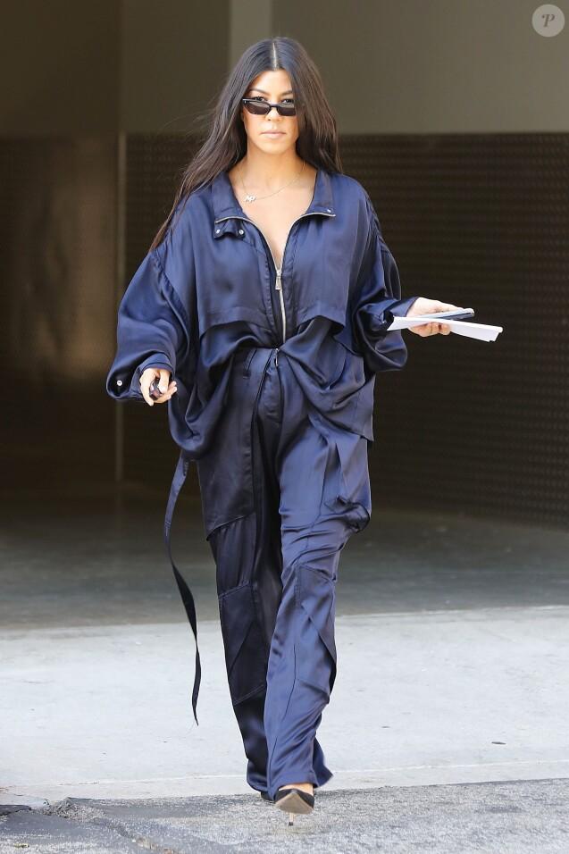 Kourtney Kardashian a emmené son fils M. Disick à son cours d'art à Calabasas, le 13 juin 2017.