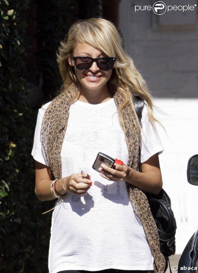 Nicole Richie heureuse