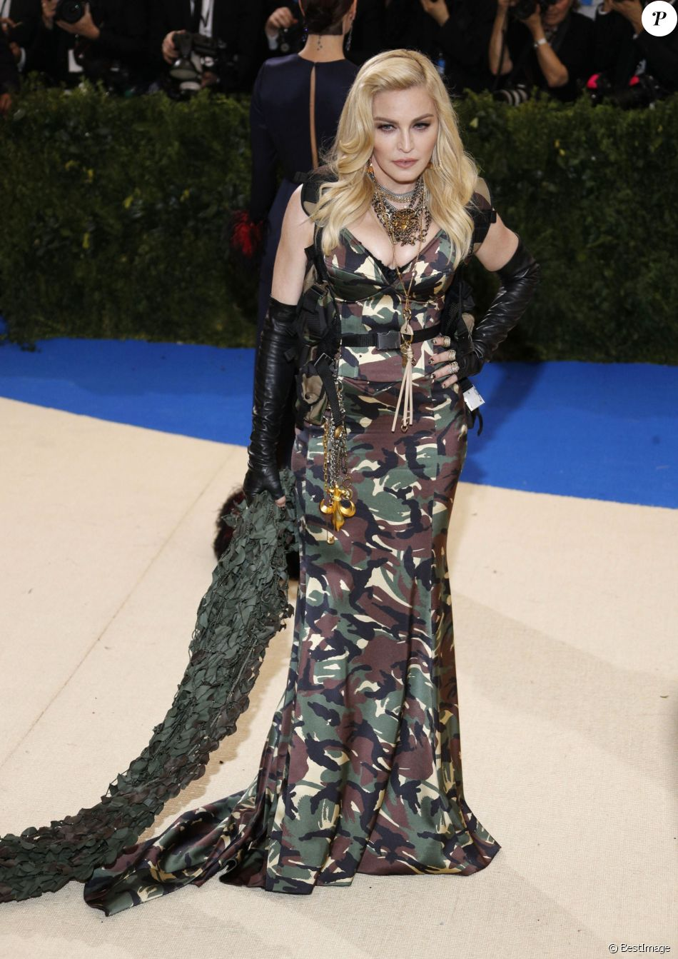 "Madonna (un grillz dentaire fait de diamants) au MET 2017 Costume Institute Gala sur le thème de ""Rei Kawakubo/Comme des Garçons: Art Of The In-Between"" à New York le 1er mai 2017."