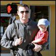 Liev Schreiber passe un moment entre hommes avec son fils Alexander : la main est rouge, on ne traverse pas !