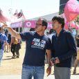 Le ministre de la Transition écologique et solidaire Nicolas Hulot et Luc Barruet (fondateur de Solidarite sida) au Festival Solidays à l'Hippodrome de Longchamp à Paris le 24 juin 2017.  © Lionel Urman / Bestimage24/06/2017 - Paris