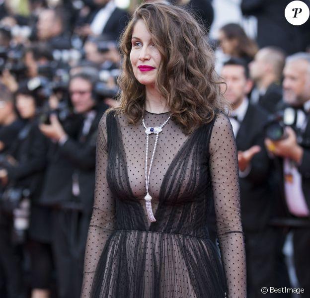 Laetitia Casta - Montée des marches du film de la Soirée 70e Anniversaire lors du 70e Festival International du Film de Cannes. Le 23 mai 2017. © Borde-Jacovides-Moreau / Bestimage