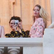 Fashion Week : Kendall Jenner et Bella Hadid, radieuses pour Miu Miu