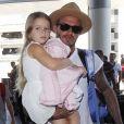 David Beckham, sa femme Victoria et leurs enfants Brooklyn, Romeo, Cruz et Harper prennent un vol à l'aéroport de Los Angeles, le 31 août 2015.