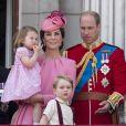 La princesse Charlotte et le prince George de Cambridge assistaient le 17 juin 2017 à la parade Trooping the Colour à Londres, avec leurs parents le prince William et la duchesse Catherine de Cambridge.
