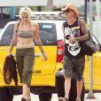 Exclusif - Paris Jackson et son petit ami Michael Snoddy arrivent à l'aéroport de Mexico pour prendre l'avion après des vacances romantiques, le 4 octobre 2016