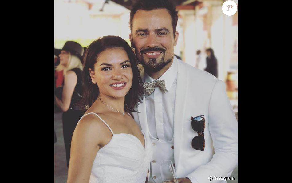 Damien Sargue s'est marié à sa chérie la danseuse Emilie Sudre, en juillet 2017.