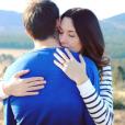 Renaud Lavillenie et Anaïs Poumarat vont se marier ! Le perchiste a fait sa demande en mariage à l'occasion du 28e anniversaire de sa compagne fin février 2017. Ici photographiés par Ines, soeur d'Anaïs, laquelle porte sa bague de fiançailles. Photo Instagram Anaïs Poumarat.