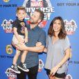 Jamie Lynn Sigler, son mari Cutter Dykstra et leur fils Beau à la première de Marvel Universe LIVE! Age of Heroes au Staples Center de Los Angeles, le 7 juillet 2017