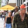 Mickey Rourke à la sortie du Cafe Roma avec un ami à Beverly Hills, le 15 juillet 2017