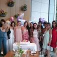 Jessica Michibata, ex-femme de Jenson Button, a partagé le 27 juillet 2017 sur Instagram des photos de sa babyshower, révélant ainsi qu'elle est enceinte d'une petite fille.