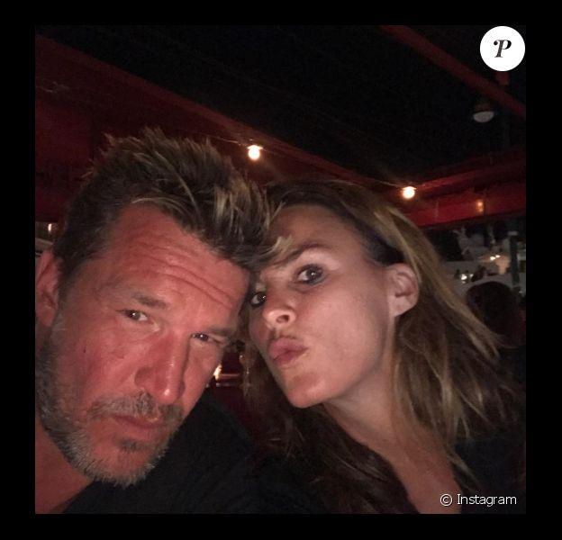 Benjamin Castaldi et sa femme Aurore Aleman, le 13 août 2017 à Saint-Tropez.