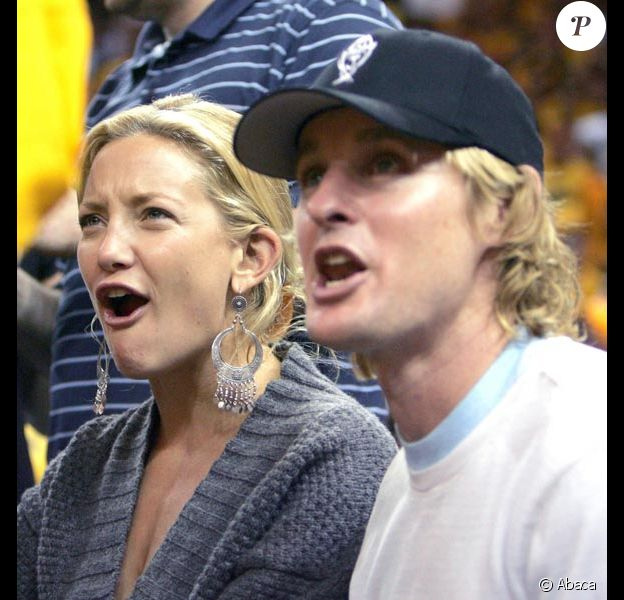 Kate Hudson et Owen Wilson assistent à un match de basket à Los Angeles en mai 2007