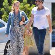 Amy Adams, son mari Darren Le Gallo et leur fille Aviana font du shopping à Sherman Oaks, le 8 août 2017.