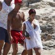 Cristiano Ronaldo en vacances avec sa compagne Georgina Rodriguez enceinte et Cristiano Ronaldo Jr se baladent à Formentera le 11 juillet 2017.