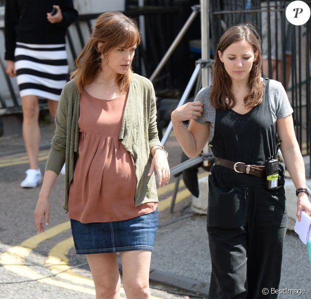 """Exclusif - Rose Byrne enceinte - Tournage du film """"Juliet, Naked"""" dans le comté du Kent le 1er aout 2017."""