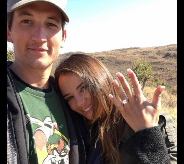 Miles Teller et Keleigh Sperry se sont fiancés en Afrique. Août 2017.