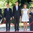 Le président Emmanuel Macron, Brigitte Macron (Trogneux), Le président de la Roumanie Klaus Iohannis et sa femme Carmen Iohannis lors de la cérémonie d'accueil du couple présidentiel français au palais Cotroceni à Bucarest le 24 août 2017. © Pierre Perusseau / Bestimage