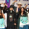 Taboo et des membres de l'association Indigenous Women Rise aux MTV Video Music Awards 2017, au Forum. Inglewood, le 27 août 2017.