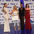 Fifth Harmony (Ally Brooke, Normani Kordei, Lauren Jauregui, Dinah Jane) aux MTV Video Music Awards 2017, au Forum. Inglewood, le 27 août 2017.