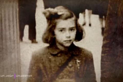"""Mireille Darc – Ses parents à propos de sa carrière: """"Elle fait la p*te à Paris"""""""