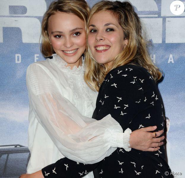 Lily-Rose Depp et Alysson Paradis à Paris, France le 28 Septembre 2015.
