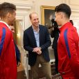 Le prince William, duc de Cambridge, recevait le 7 septembre 2017 au palais de Kensington, à Londres, l'équipe de football d'Angleterre des moins de 20 ans, récemment sacrée championne du monde.