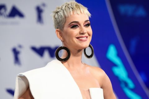 Katy Perry à 13 ans : La star ressort une photo COLLECTOR