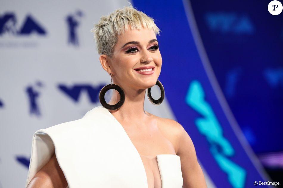 Katy Perry arrive au MTV Video Music Award 2017 à West Hollywood le 27 août 2017.