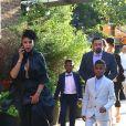 Le femme de Usher Grace Miguel quitte son hôtel avec ses enfants Naviyd Ely et Usher Raymond V à New York le 15 juin 2017.