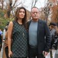 """Jean Reno et sa femme Zofia - Arrivées au défilé de mode printemps-été 2018 """"Lanvin"""" au Grand Palais à Paris. Le 27 septembre 2017 © CVS-Veeren / Bestimage"""