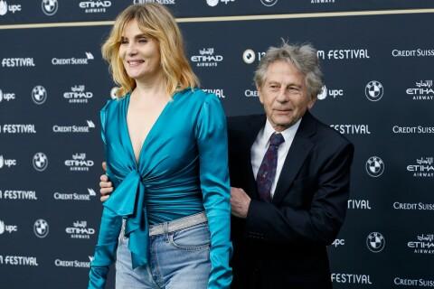 """Emmanuelle Seigner revient sur l'arrestation de Roman Polanski : """"Un cauchemar..."""""""
