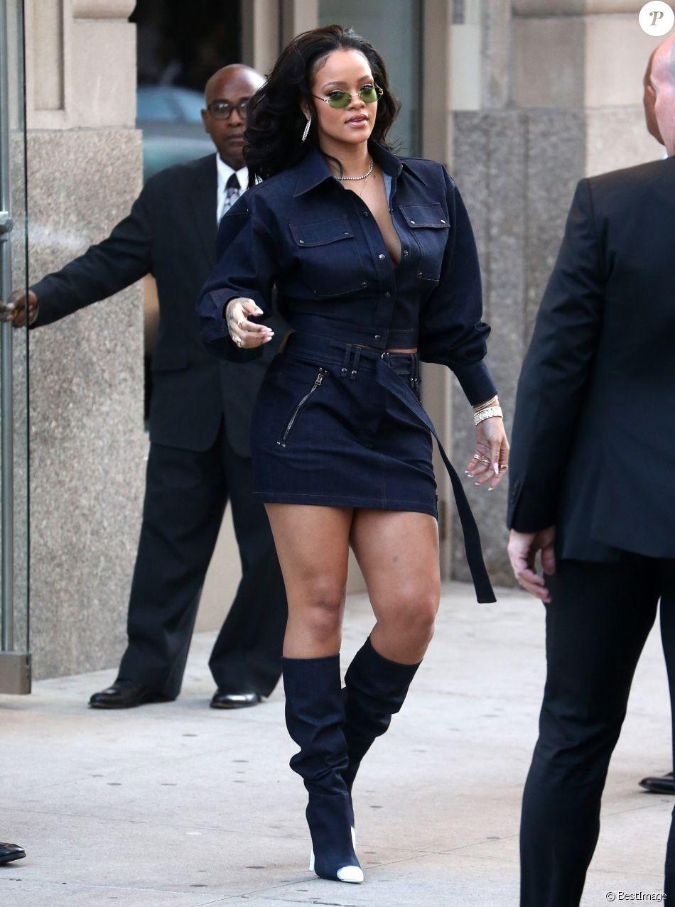 """Rihanna a participé à la journée """"Forces of Fashion"""" organisée par Vogue aux Milk Studios. New York, le 12 octobre 2017."""
