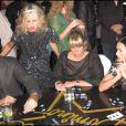 Rachel Zoe et Demi Moore font une partie de dominos à L.A ! 20/02/09